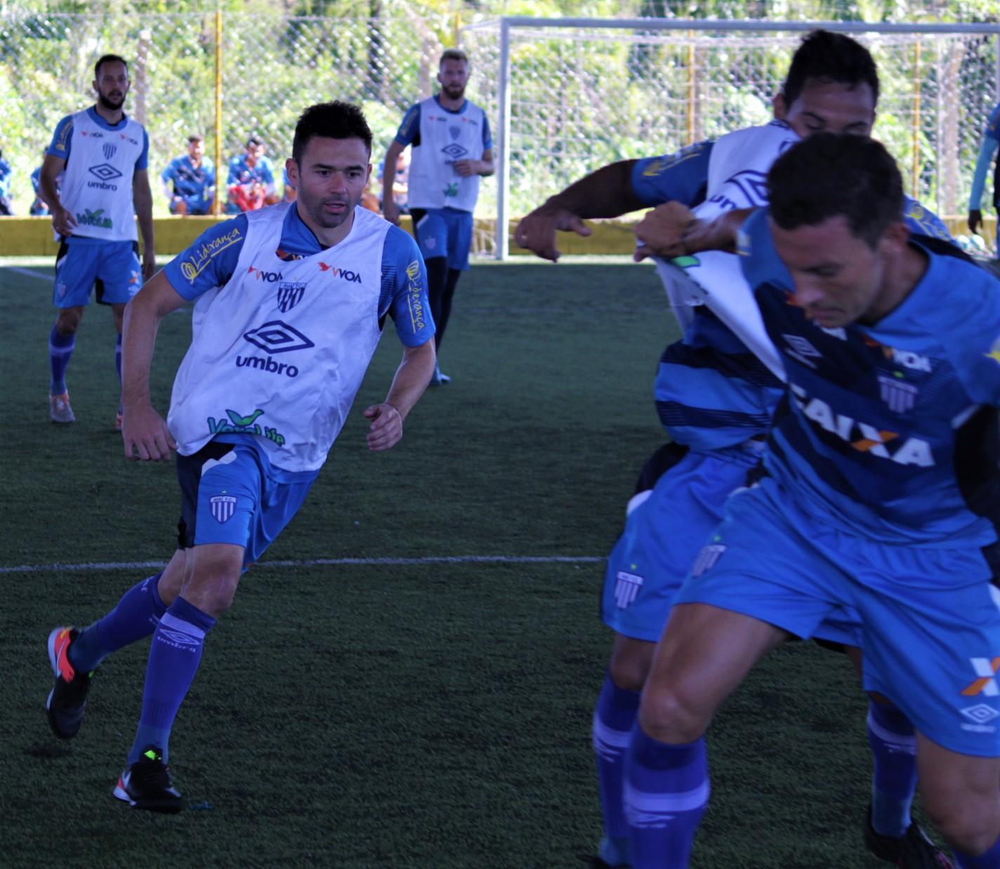 Avaí: Juan faz primeiro treino com o grupo