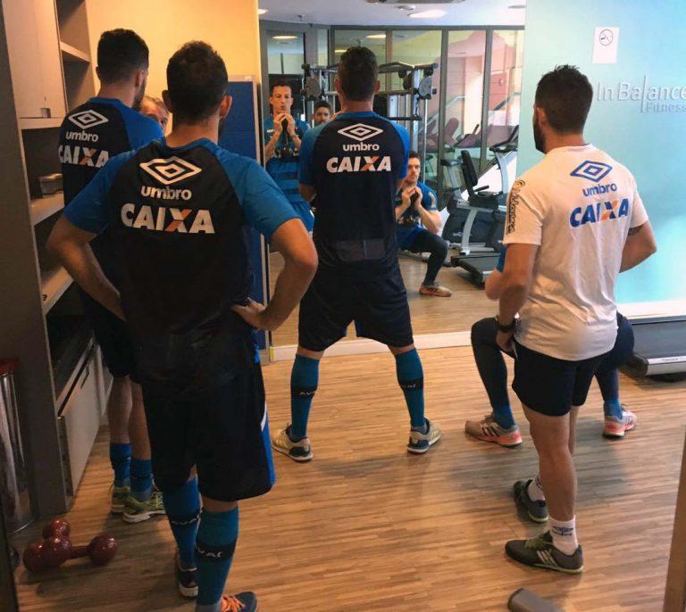 Avaí inicia preparação para pegar o Corinthians