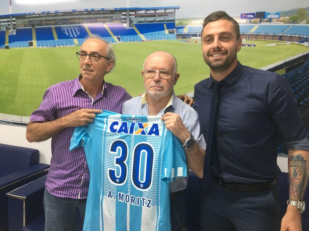 André Moritz assina com o Avaí para 2018
